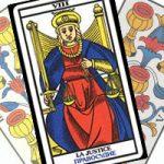 Сочетание Правосудия с Кубками в гадании на любовь