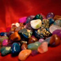 Камни приносящие удачу: по гороскопу и народным поверьям